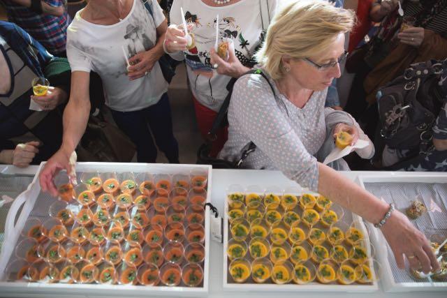 Kostproben im Haus der Sinne nach Rezepten von Elisabeth Fischer