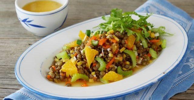 Linsensalat mit Orangen und Karotten